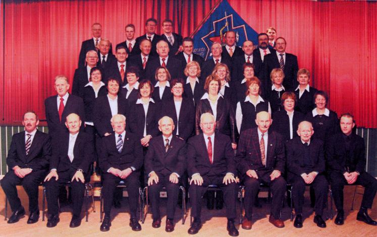 Gruppenfoto vom Gesangverein zum Jubiläum 2007