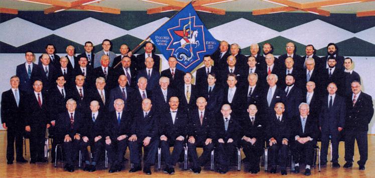 Gruppenfoto vom Gesangverein zum Jubiläum 1997